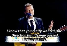AWESOME. What's weird is that Harry Styles says Chris is his hero! Chris sang part of What Makes You Beautiful in concert once! haha. In an interview, Chris said Harry's cool. No, Chris. You're wrong for once.