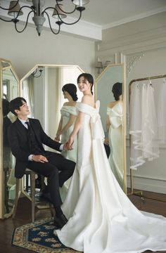 Foto Wedding, Wedding Pics, Wedding Couples, Wedding Dresses, Lace Wedding, Pre Wedding Poses, Pre Wedding Photoshoot, Asian Inspired Wedding, Minimal Wedding Dress