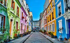 Paris est une mine d'or, même pour les plus parisiens d'entre nous. On ne sait jamais sur quoi on va tomber au détour d'une promenade ou en changeant de quartier. La preuve avec ces 10 rues insol...