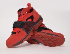 #Nike Air Trainer Huarache QS Love #sneakers