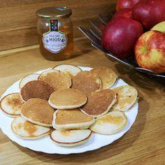 PLACUSZKI Z KASZY MANNY - IDEALNE DLA DZIECI I DOROSŁYCH Baby Food Recipes, Healthy Recipes, Healthy Food, Food Inspiration, Peach, Apple, Baking, Fruit, Drinks