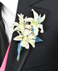 http://www.arlenesflowers.net/product/prom0382011/blue-heaven