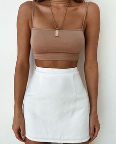 holiday outfits fashion Fashionable Fashion Looks Modest Outfits, New Outfits, Spring Outfits, Trendy Outfits, Fashion Outfits, Summer Crop Top Outfits, 90s Fashion, Cropped Top Outfits, Yacht Fashion