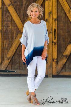 Elle Ombre Poncho - Light Blue
