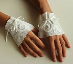 Fingerless Bridal Gloves Handmade Wrist Cuffs by MammaMiaBridal, $26.00