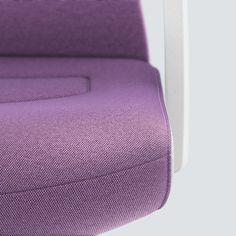PURE INTERIOR Edition 10 #Lila. Mehr Design für dein #HomeOffice. Mit einer vielfältigen und hochwertigen Stoffauswahl und ihrem ergonomischen Design vereint die PURE INTERIOR Edition bequemes und ergonomisches Sitzen. Das Design und die Farbgebung des PURE machen ihn zu einem optischen Leichtgewicht. Farblich abgestimmt bringt er sich in das Home Office ein und kann sich gleichzeitig zurücknehmen. #schreibtischstuhl #design #interiordesign #Stoff #ergonomie #interstuhl Home Office, Pure Home, Interiordesign, Designer, Pure Products, Detail, Lilac, Office Home, Home Offices