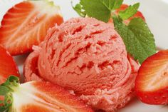 Stawberry Sorbet - a no-cook recipe that tastes like spring