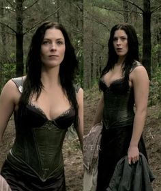 Kahlen's costume design, this is what she wore UNDER her dress-cloak pieces - actually liked most of the 'Legend of the Seeker' tv series