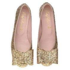 Pretty Ballerinas Bow pump. for the love of god someone please buy these for me.