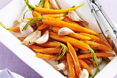 Barbecues are not just for meats - fire up the grill to create this sensational honey carrot side. Honey Carrots, Baby Carrots, Australian Christmas Food, Baby Carrot Recipes, Best Food Photography, Vegetarian Recipes, Cooking Recipes, Barbecue Recipes, Vegetable Sides
