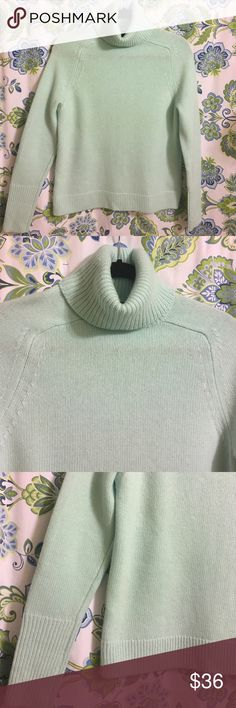 J Crew Size S New no tags ,Wool/Cashmere blend NWOT,mint geen ,55%wool. 15% cashmere 30% nylon . JCrew Sweaters Cowl & Turtlenecks