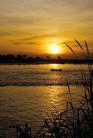 Río Amazonas, atardecer en Leticia.