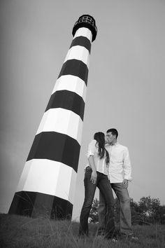 Engagment portrait ideas, couples portraits, love photos, couples in love, portraits by a lighthouse, coastal engagement portraits, Clear Lake TX, Seabrook TX, Kemah TX, East Texas photographer