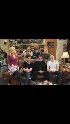 Leonard Nimoy with the cast of The Big Bang Theory.