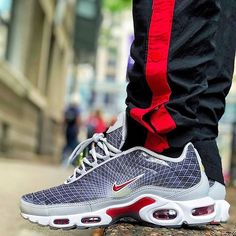 Photo Blue, Nike Air Max Plus, Urban Legends, Grey Fashion, Nike Sneakers, Blue Orange, Kicks, Check, Men