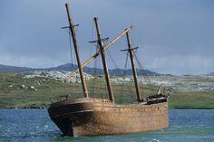 "Wreck of ""Lady Elisabeth"" near Port Stanley, Falkland Islands. Abandoned Ships, Abandoned Cars, Abandoned Places, South Georgia Island, Old Sailing Ships, Falklands War, Ghost Ship, Wooden Ship, South America Travel"