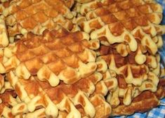 Galettes for new year Belgian Food, Belgian Recipes, Algerian Recipes, Beignets, Cake Mix Cookies, Coco, Biscuits, Food And Drink, Dessert Recipes