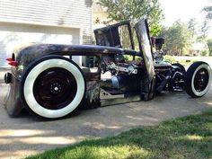 #hotrod #custom #customs #ford #chevrolet #chevy #buick #cadillac #edsel #desoto #chrysler #lincoln #dodge #americancars #ratrod #gm #mopar #vintagecar #oldcar #dailydriven #v8 #classiccar #pontiac #cars #car #cruising #plymouth #ratrod
