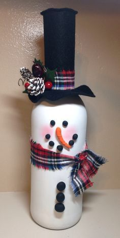 Wine bottle snowman - What a cute idea?! Great inspiration for your next craft night! by juliet