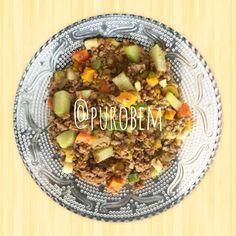 Olha esse picadinho de carne com legumes, que tal ele pro almoço?  Anota aí.... Carne moída sem gordura, cenoura, abóbora, abobrinha, cebola, alho, chuchu, batata-doce e temperos! Delícia do Bem! #purobem #saude #fit #health #food #instagood #instafit #instagood #comerbem #saudavel #yummy #vidasaudavel #30tododia #dieta #pensandosaudavel #nutricao #tips4life #boaforma #viverbem #amazing #greenfood #nutricaosobmedida #alimentodeverdade #comidasaudavel #qualidadedevida #alimentodobem