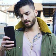 MaLuMa.☄ Boy Hairstyles, Summer Hairstyles, Maluma Haircut, Maluma Style, Cute Boys Images, Hair And Beard Styles, Hair Styles, Mr Style, Beautiful Gorgeous