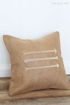 Easy Pillow Designs that anyone can do! | LoveGrowsWild.com