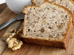 Whether you're cooking up a full meal or simply serving appetizers, this Irish Potato Bread makes for a simple, tasty snack to feed your crowd. Watch video to see how to make recipe! Almond Banana Bread, Easy Banana Bread, Apple Bread, Banana Oats, Irish Potato Bread, Walnut Bread Recipe, Date Bread, Flax Seed Recipes, Yummy Snacks