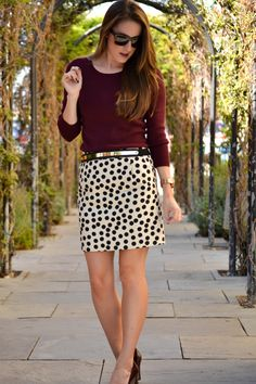 Work fashion : polka dots!!! Maybe a teensy bit longer skirt for some of us