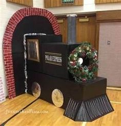 polar express train MADE OUT OF CARDBOARD - Yahoo Image Search Results