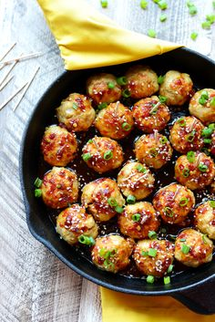Add some zing to your meatballs and make a homemade kung pao sauce with 100% clean eating ingredients! Everyone will love these Kung Pao Chicken Meatballs.