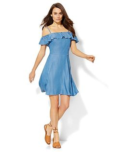 Cute for a picnic. Ruffled Off-The-Shoulder Dress . Find your perfect size online at the best price at New York & Company.