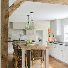 Vigas en el techo disimular como si fuera de madera for Cocina 3x3 metros