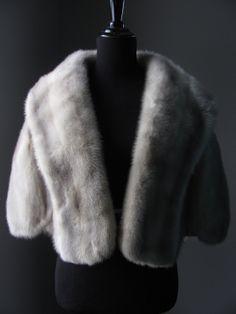 $680 - Ultimate Luxury Gift Or Wedding Bridal Accessories / Hollywood Starlet Grey Blue Iris Azurene Mink Fur Bolero/Vintage Stole Cape Coat/Silver