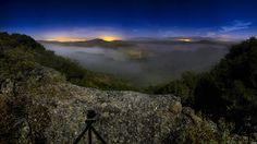 https://flic.kr/p/LC4dCe | 20160921 01 Sueños del Ebro AR01 | Alta resolución de 24 fotografías, apiladas en PS. Noche mágica en la ribera del Ebro, a la luz de la luna. Al fondo, frente a la sombra de la cámara, el castillo de Davalillo.