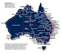 Map of the popular routes traveling around Australia | Visit Living to Roam for more travel tips | livingtoroam.com