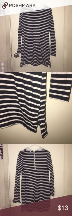 Peter Pan collared dress Black and white peter pan colored dress! Only worn once. Forever 21 Dresses Long Sleeve
