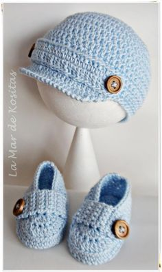 Crochet Child Hats Child crochet hat and booties black grey and by CreArtTextiles Crochet Baby Hats Crochet Baby Clothes Boy, Crochet Baby Boy Hat, Baby Boy Hats, Crochet Bebe, Crochet For Boys, Crochet Baby Booties, Crochet Slippers, Love Crochet, Baby Blanket Crochet