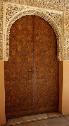 alhambra by Hilary McEwan, via Flickr