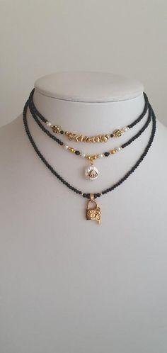 #blackchokers #beadedchokers #lockchokers #shellchokers #hematitechoker #etsygift #handmadejewelry #minimalistjewelry #minimalistgift #etsy #etsylisting #blacknecklace #bijoux #handmadegift #fashiondesign #fashionjewelry