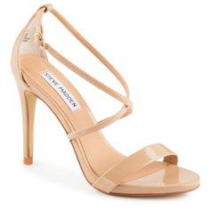 Feel fierce 'n' fancy in the Feliz women's shoe from Steve Madden®