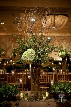 "hydrangea, curly willow & boxwood branches - LOVE the ""messy and rustic"" look while still being bold and elegant all oat once!"
