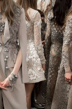ELIE SAAB HAUTE COUTURE - Beautiful sparkle and princess fantasy from Elie Saab's latest haute couture collection, swoon. Anna Cleveland at Elie Saab Haute Couture Spring 2016 Style Haute Couture, Couture Details, Fashion Details, Couture Fashion, Love Fashion, Runway Fashion, High Fashion, Fashion Show, Fashion Trends