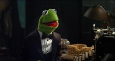 Holy shit i think this is hilarious. I don't always drink beer, but when I do, I wake up next to a fat pig. Kermit the Frog. Jim Henson, Smileys, Funny Images, Funny Pictures, Funny Pics, Funny Quotes, Beer Quotes, Cartoon Quotes, Comedy