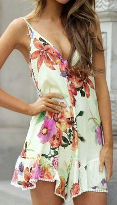 Backless Floral Romper #Fashionistas