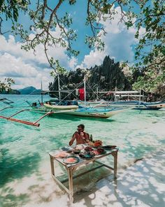 MoreFunPhilippinen (@morefunphilippinen) • Instagram photos and videos Travel Around The World, Around The Worlds, Voyage Philippines, Lets Get Lost, Travelling Tips, Traveling, Things To Do Alone, Travel List, Budget Travel
