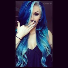 This is so pretty i wish i could do this with my hair