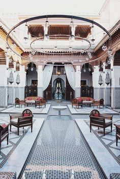 On this sultry summer evening, I'm daydreaming of escaping to the Royal Mansour Hotel in Marrakech, Morocco. Honeymoon Hotels, Romantic Honeymoon, Honeymoon Destinations, Porches, Moroccan Interiors, Moroccan Tiles, Moroccan Decor, Islamic Architecture, Luxury Travel
