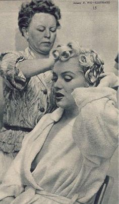 """Marilyn Monroe on the set of """"Bus Stop"""". Description from pinterest.com. I searched for this on bing.com/images"""