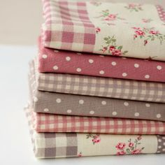 Half Metre Vintage Floral Linen Look Cotton Bundle