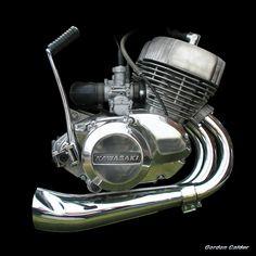 NO 67: KAWASAKI H2 MACH IV - 750cc TRIPLE TWO STROKE ENGINE   by Gordon Calder